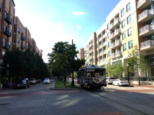 uptown dallas apartment locators