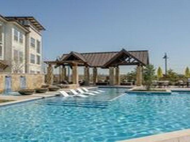 Luxury Dallas Apartment Finder