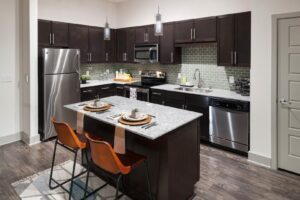 Dallas Apartment Locator - Dallas Apartment Specials - Free Rent