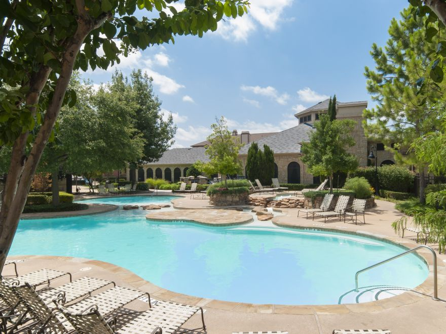 Four Bedroom Apartments in McKinney