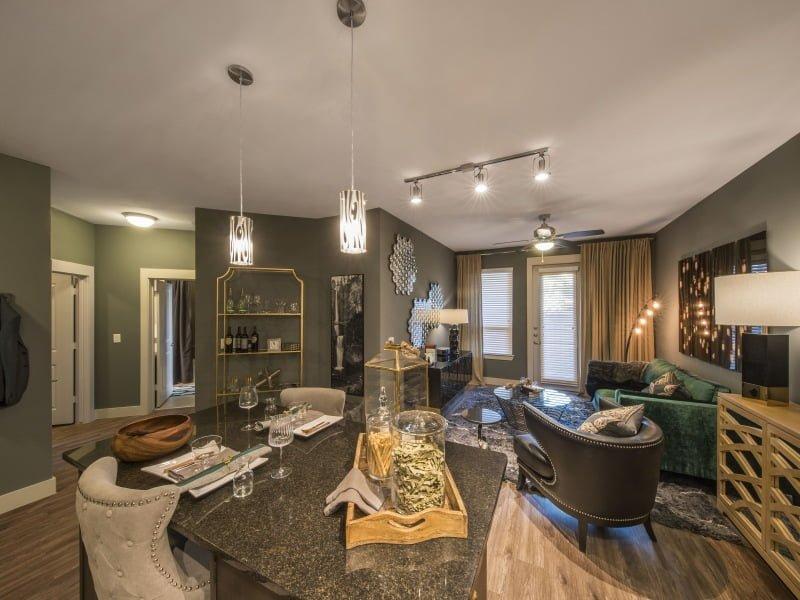 Dallas apartment specials