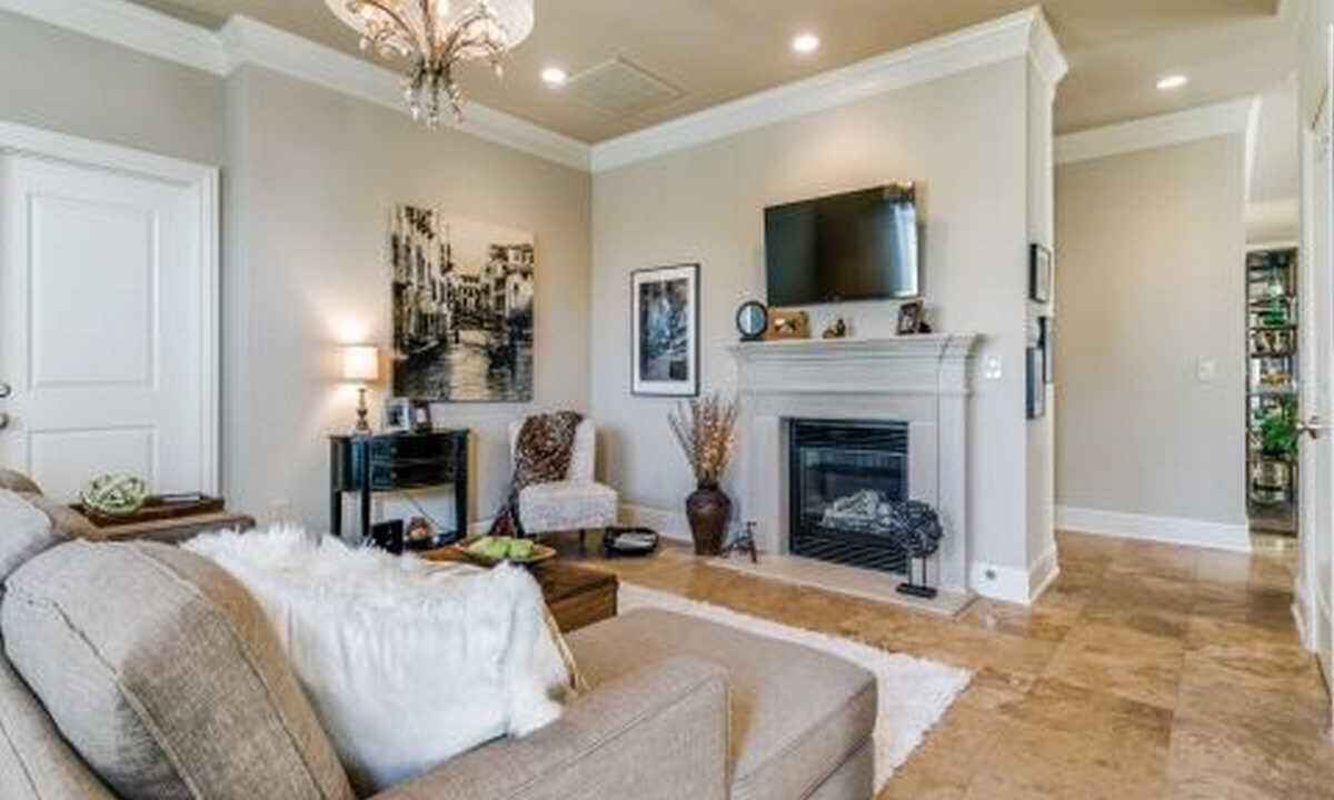 Luxury Highland Park Apartment Homes