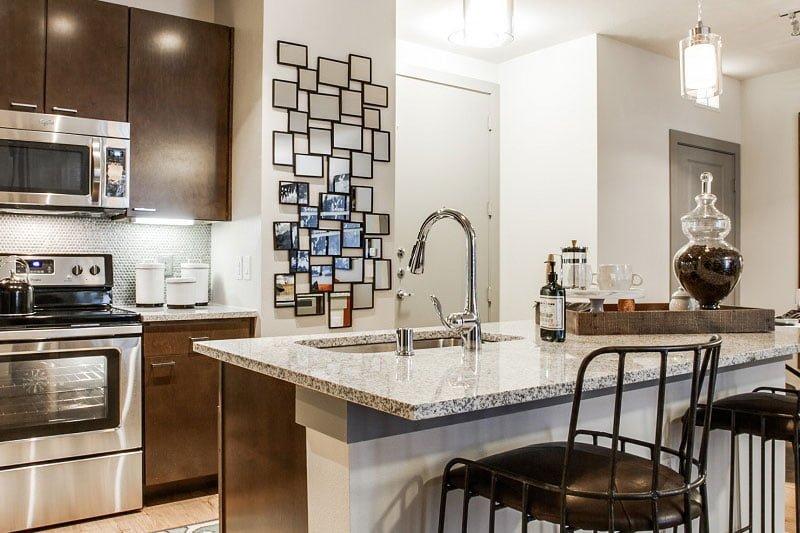 Plano-Apartment-Locators