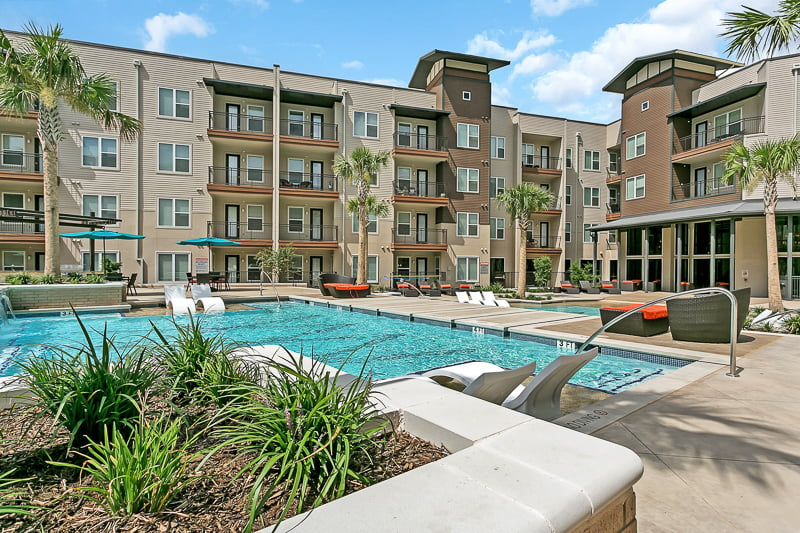 New Las Colinas Apartments