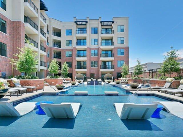 luxury resort swimming pool dallas apartment