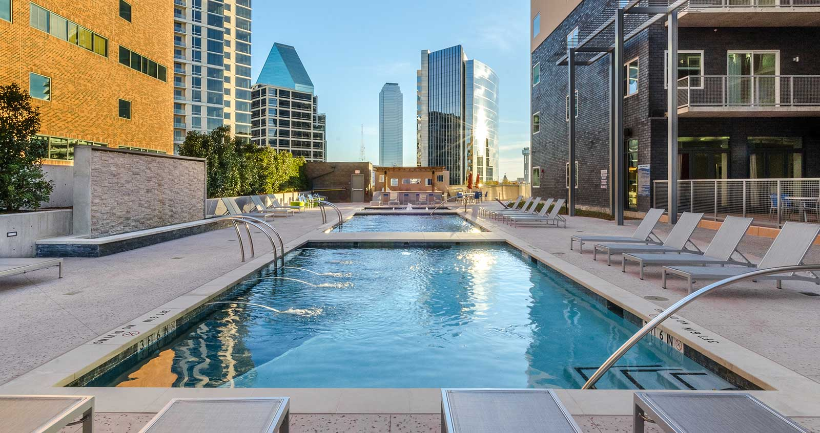 Uptown Dallas Luxury High Rise Apartments