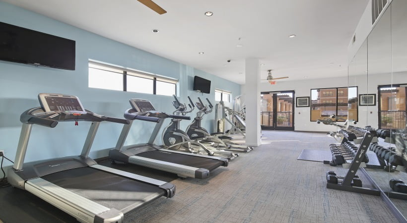 dallas apartments with fitness center