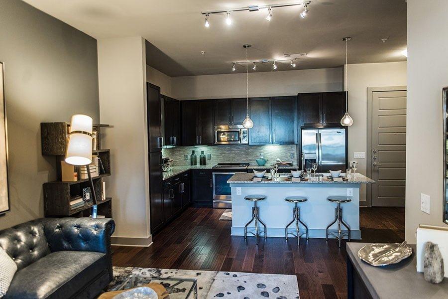 uptown apartment locators
