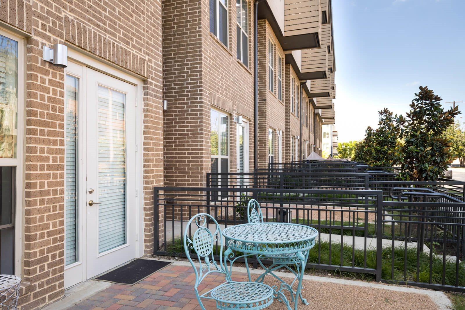 dallas love field apartments