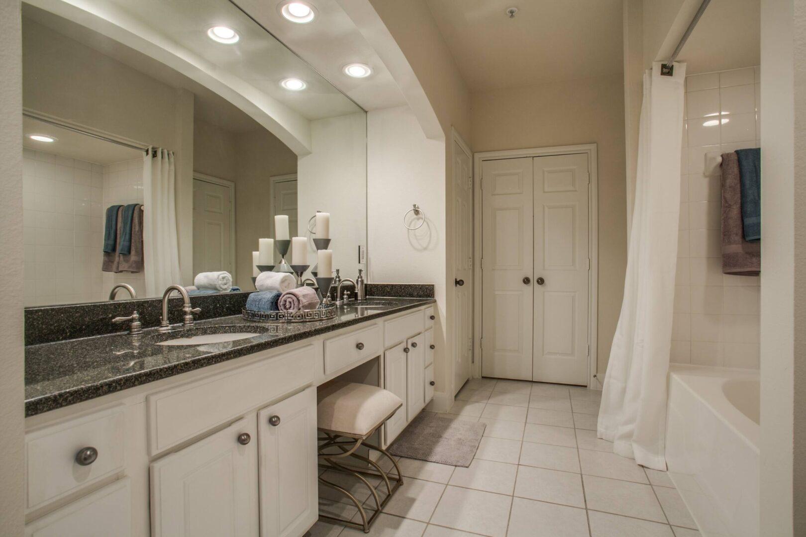 luxury apartments in preston hollow