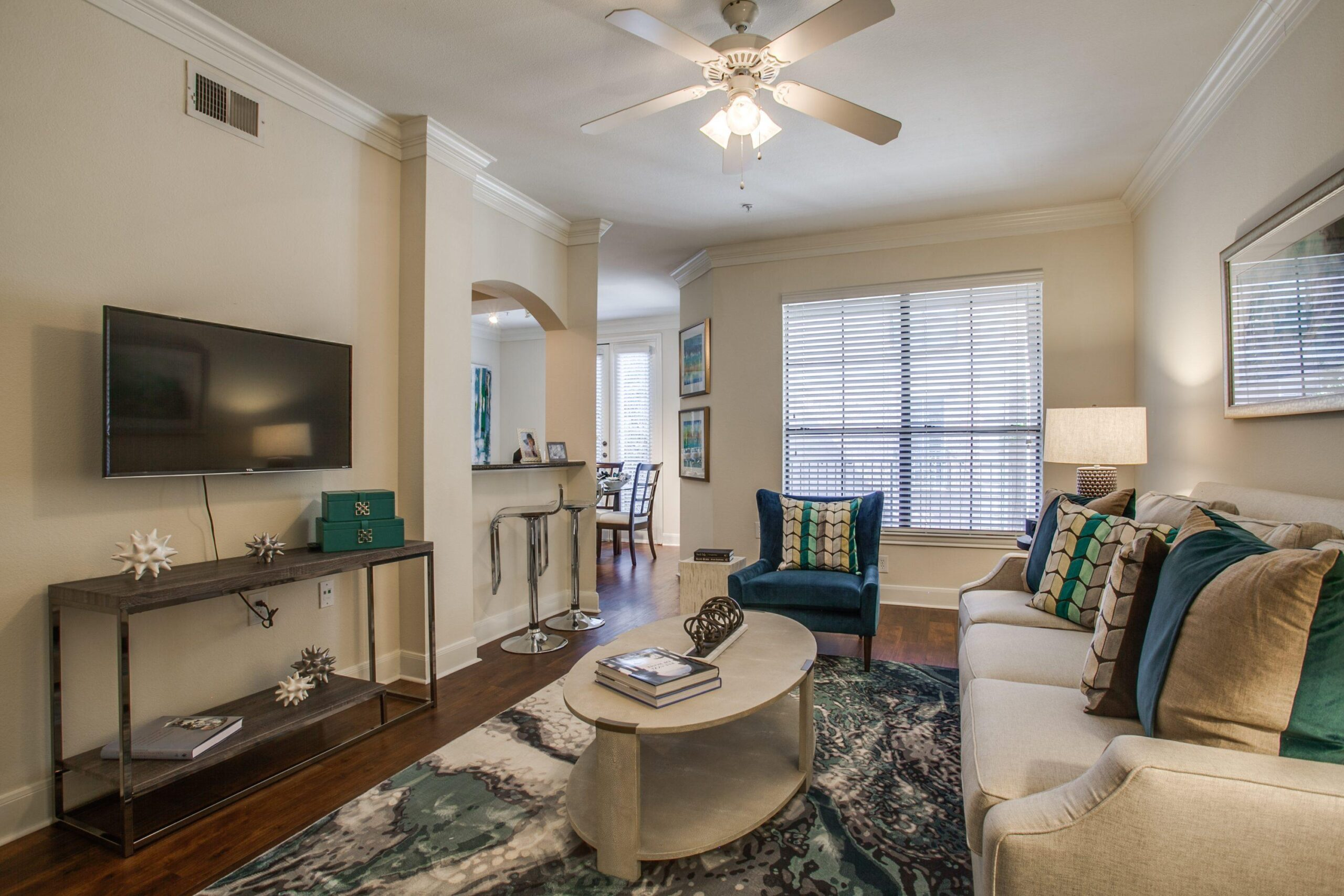 luxury dallas apartment finder