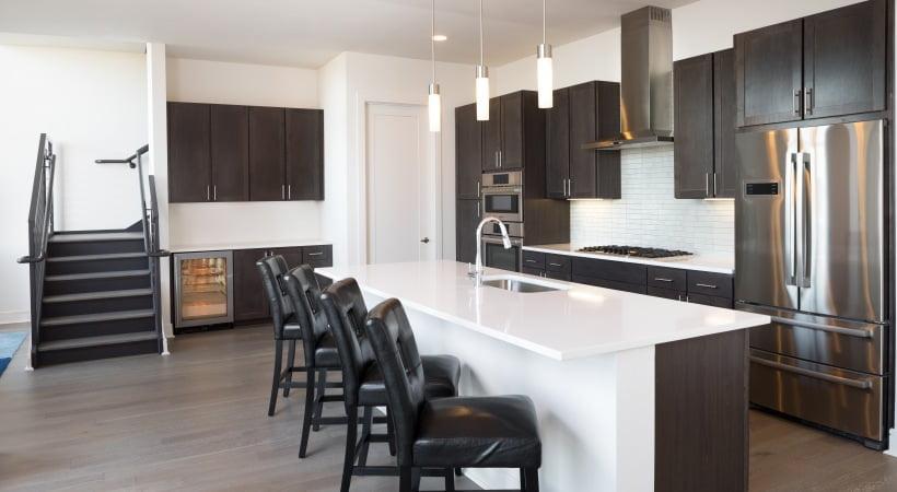 advanced apartment locators