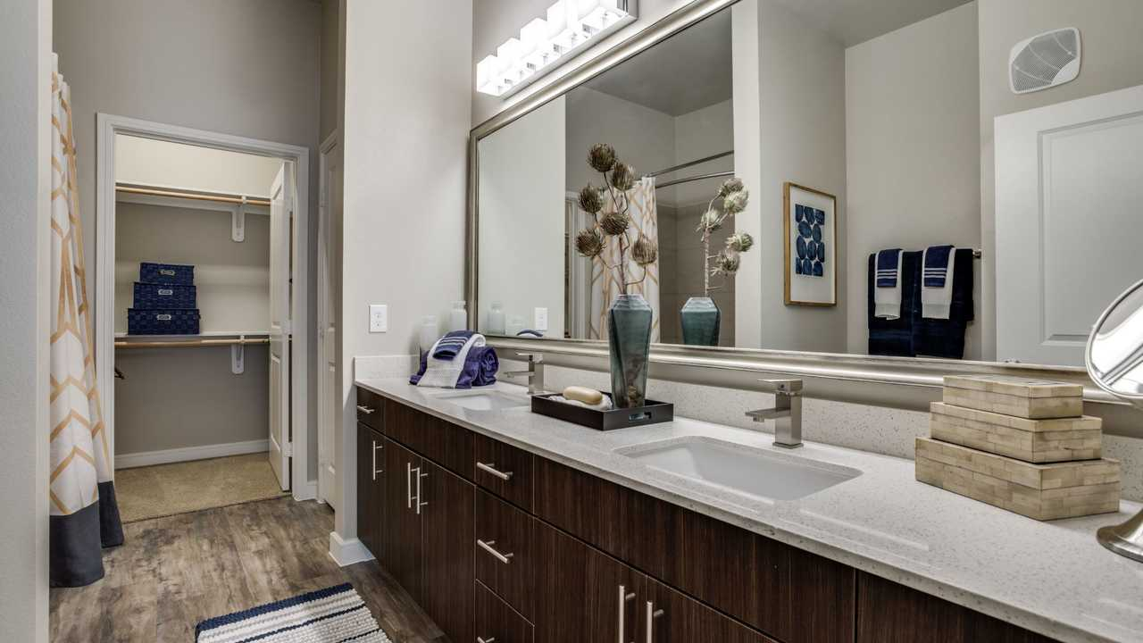 luxury richardson apartment finders