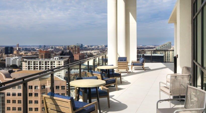 rooftoop apartment deck