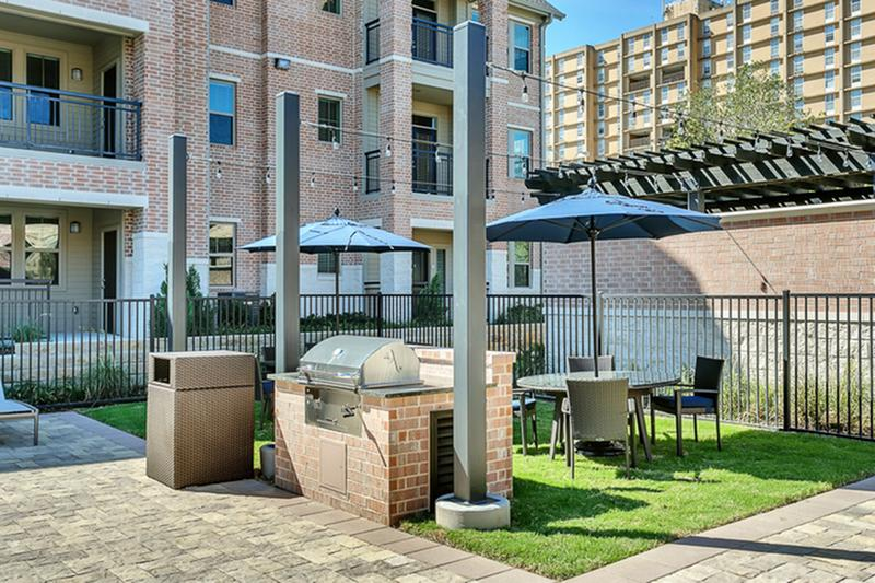 dallas apartment guide