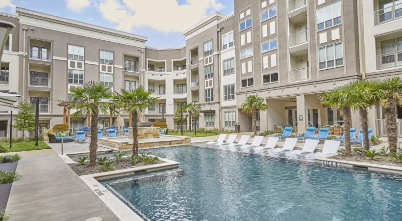 new luxury frisco apartments