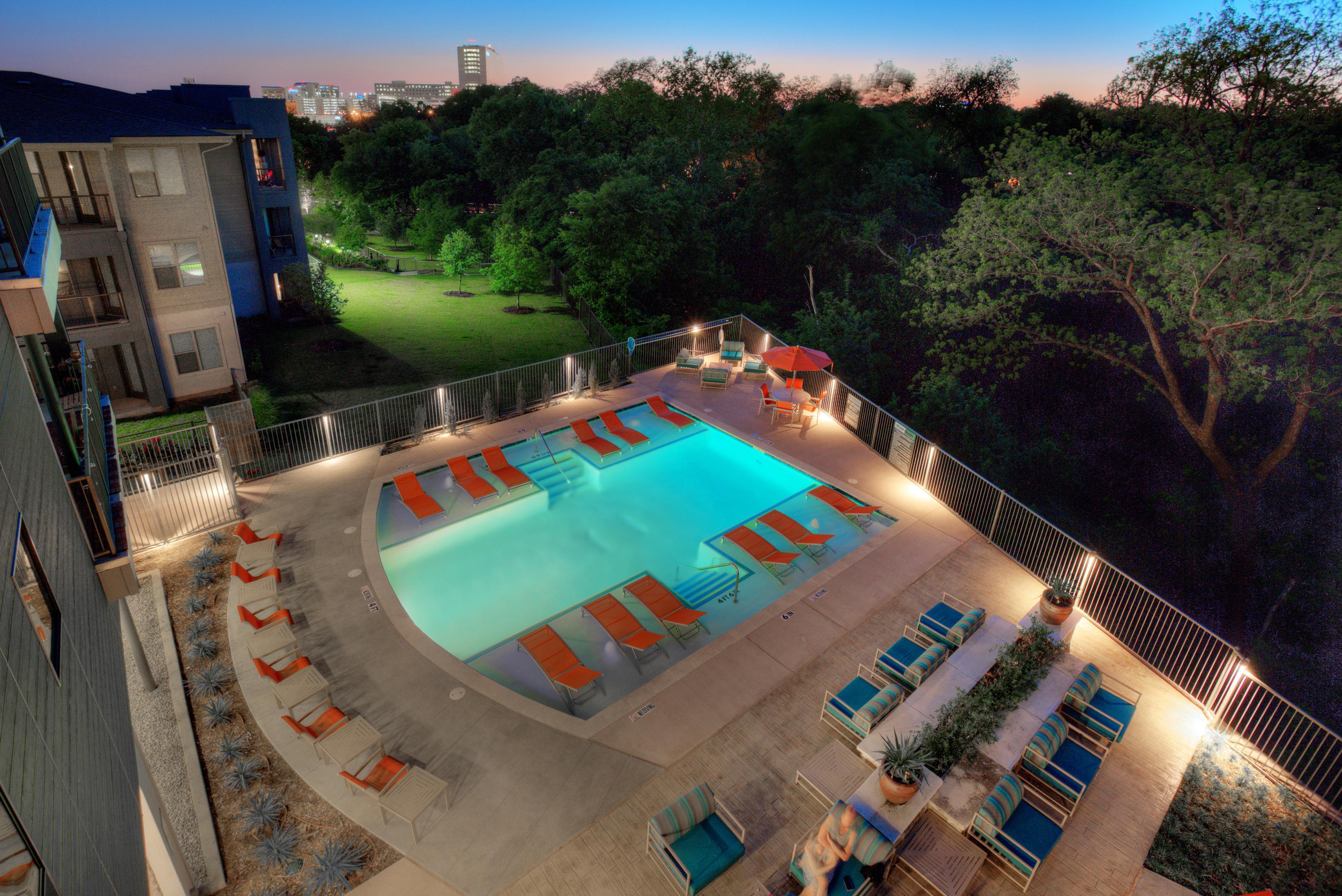 27twentyseven Dallas Apartments Dfw Apartment Nerdz