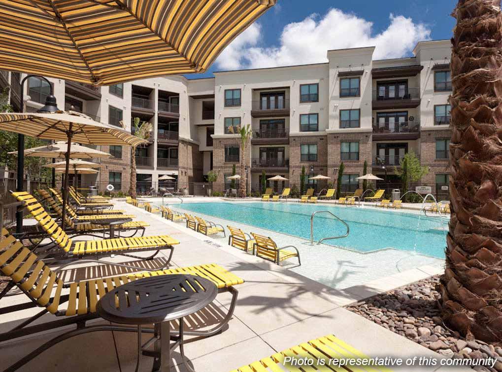 westplano-amenity-exterior-pool