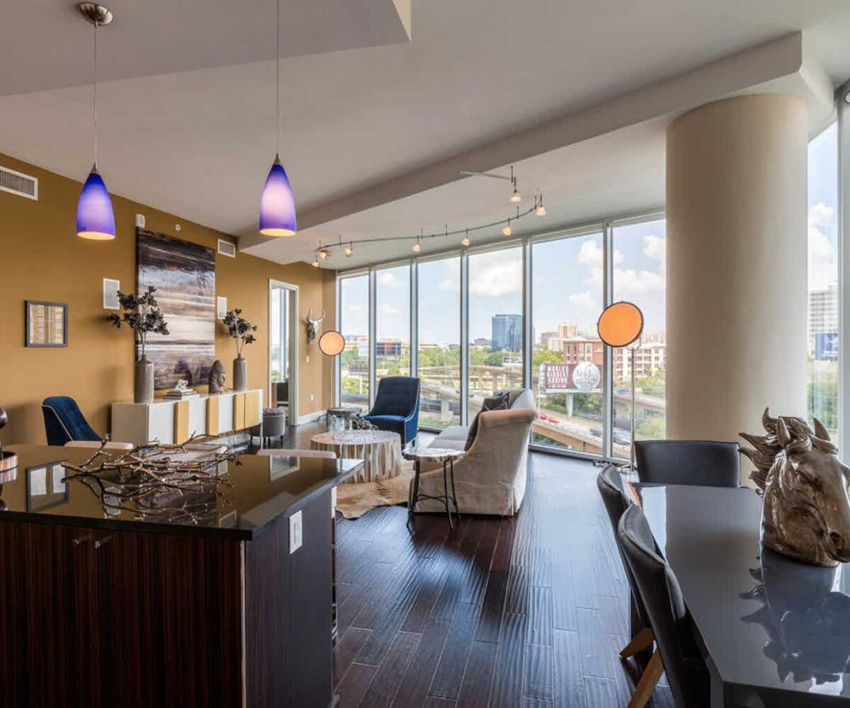 dallas high rise apartments