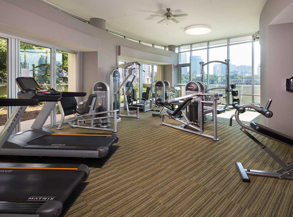 designdistrict-amenity-exterior-fitness-center2