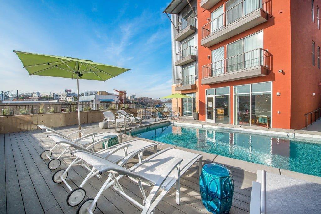 luxury apartments near downtown dallas