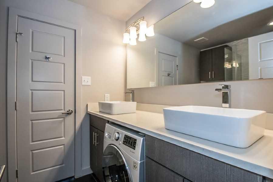 modern luxury dallas apartment locators