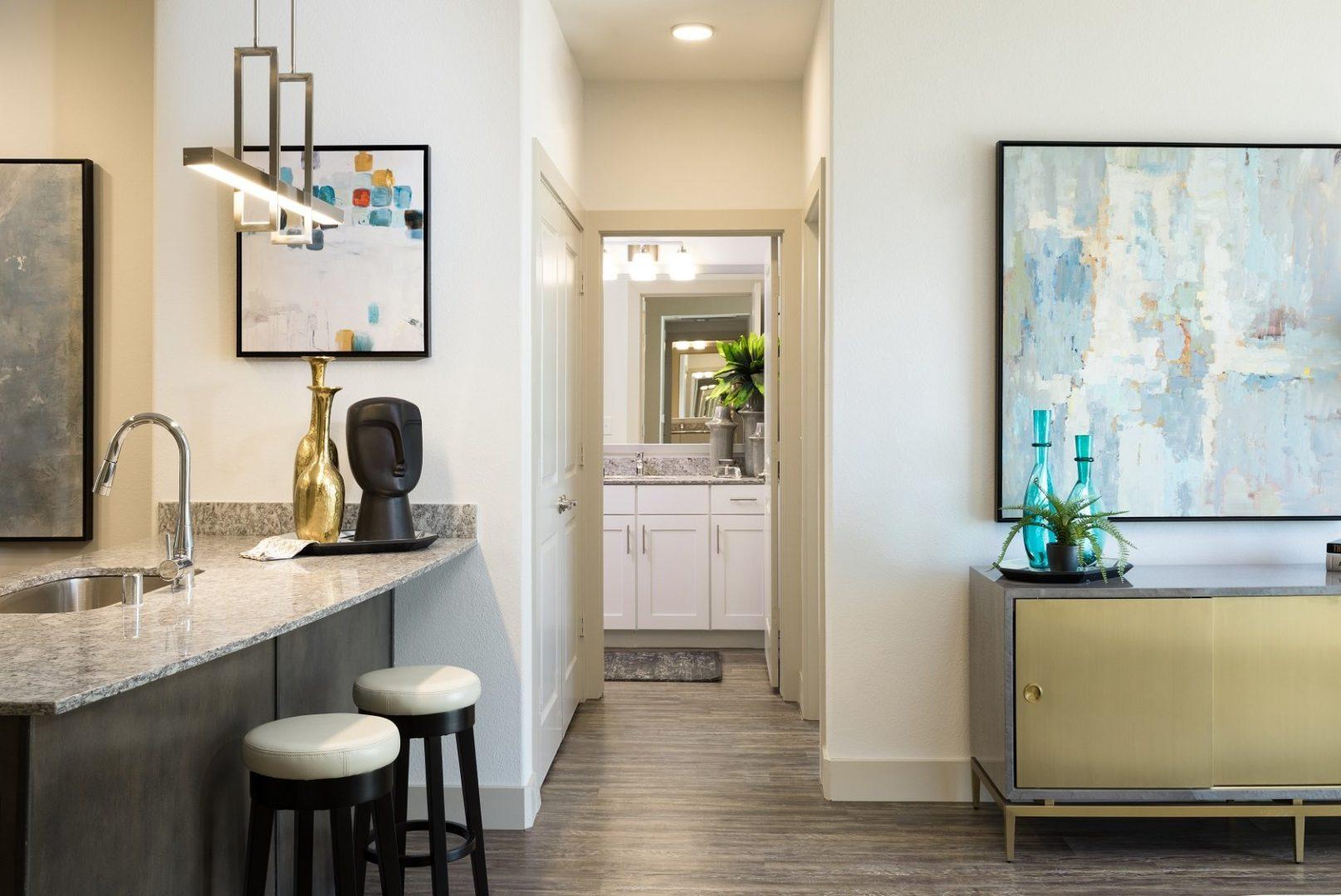 plano apartment locator