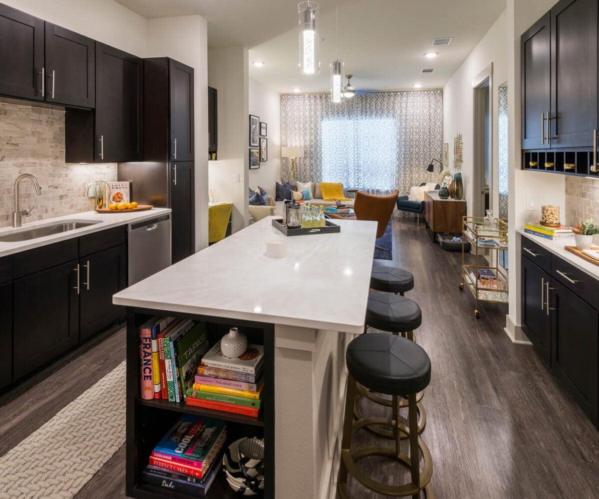 frisco apartment locators