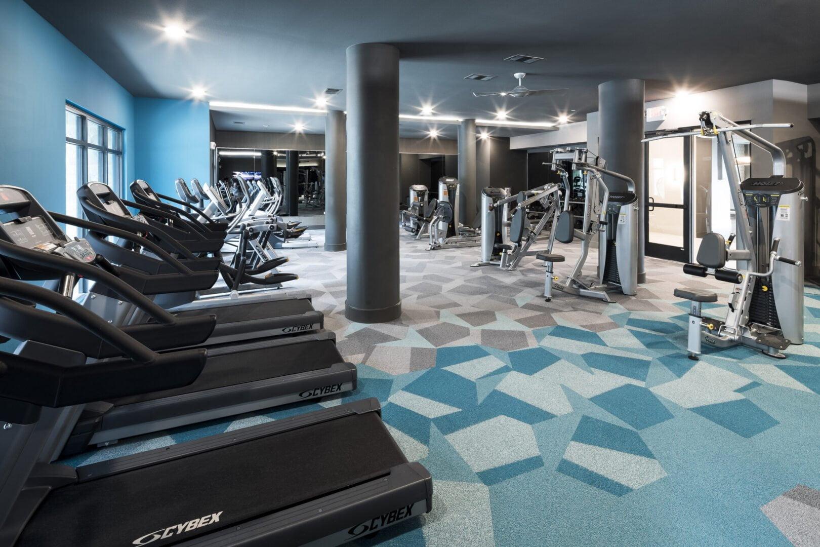 high end apartment gym
