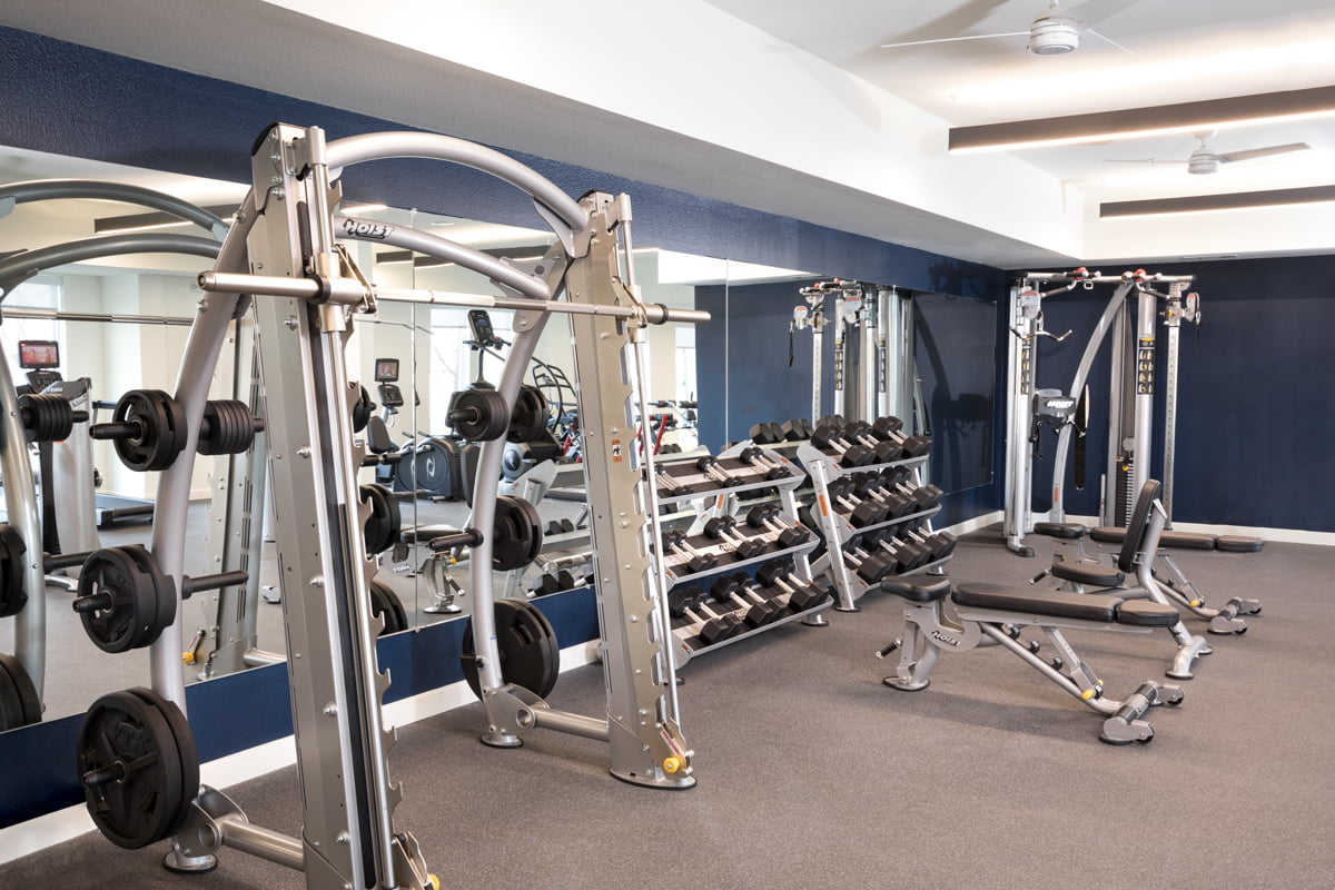 fully equipped carrollton apartments fitness center
