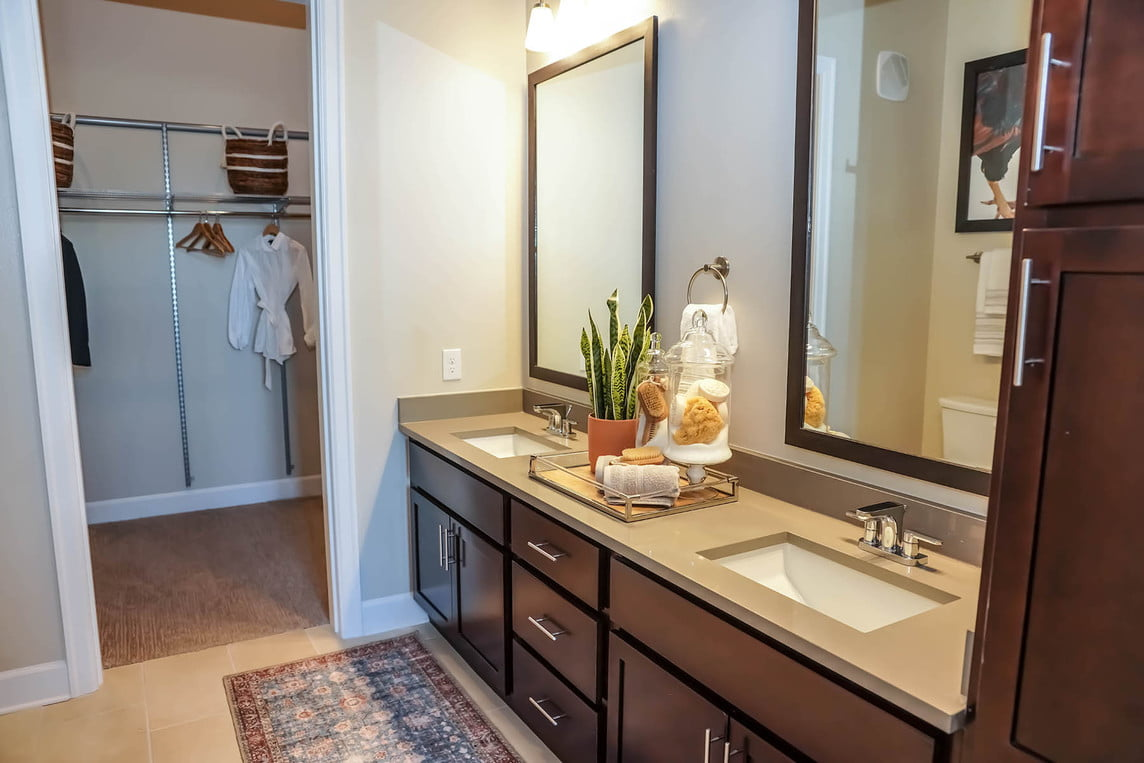 apartment locators frisco