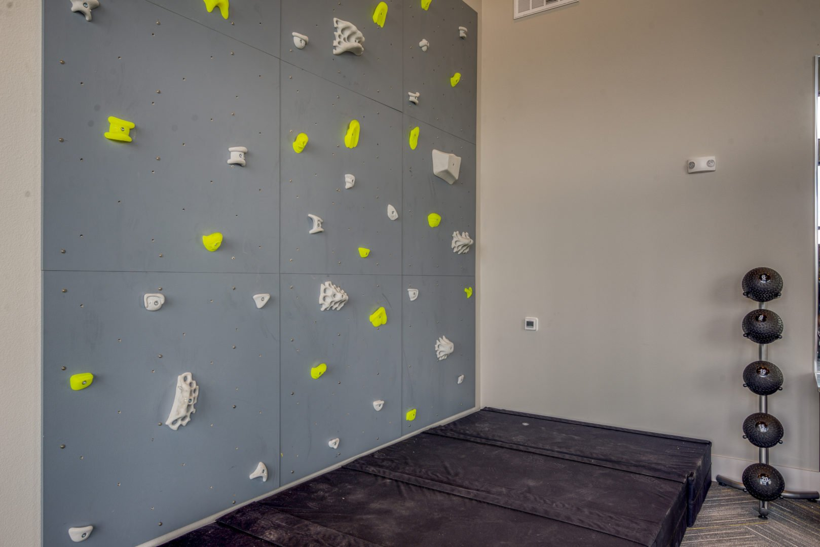 fitness center apartment