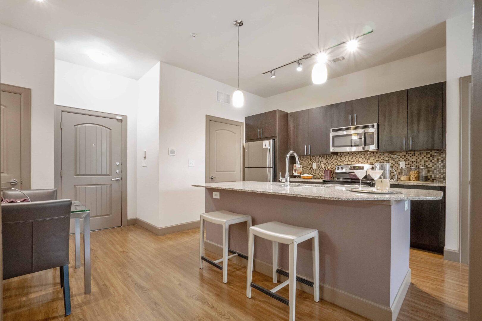grapevine apartment finder