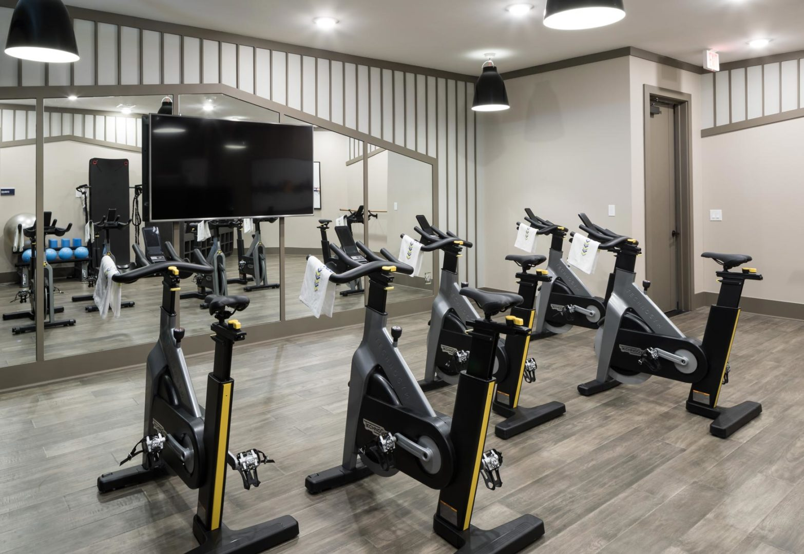 top of the line apartment gym in fort worth 1