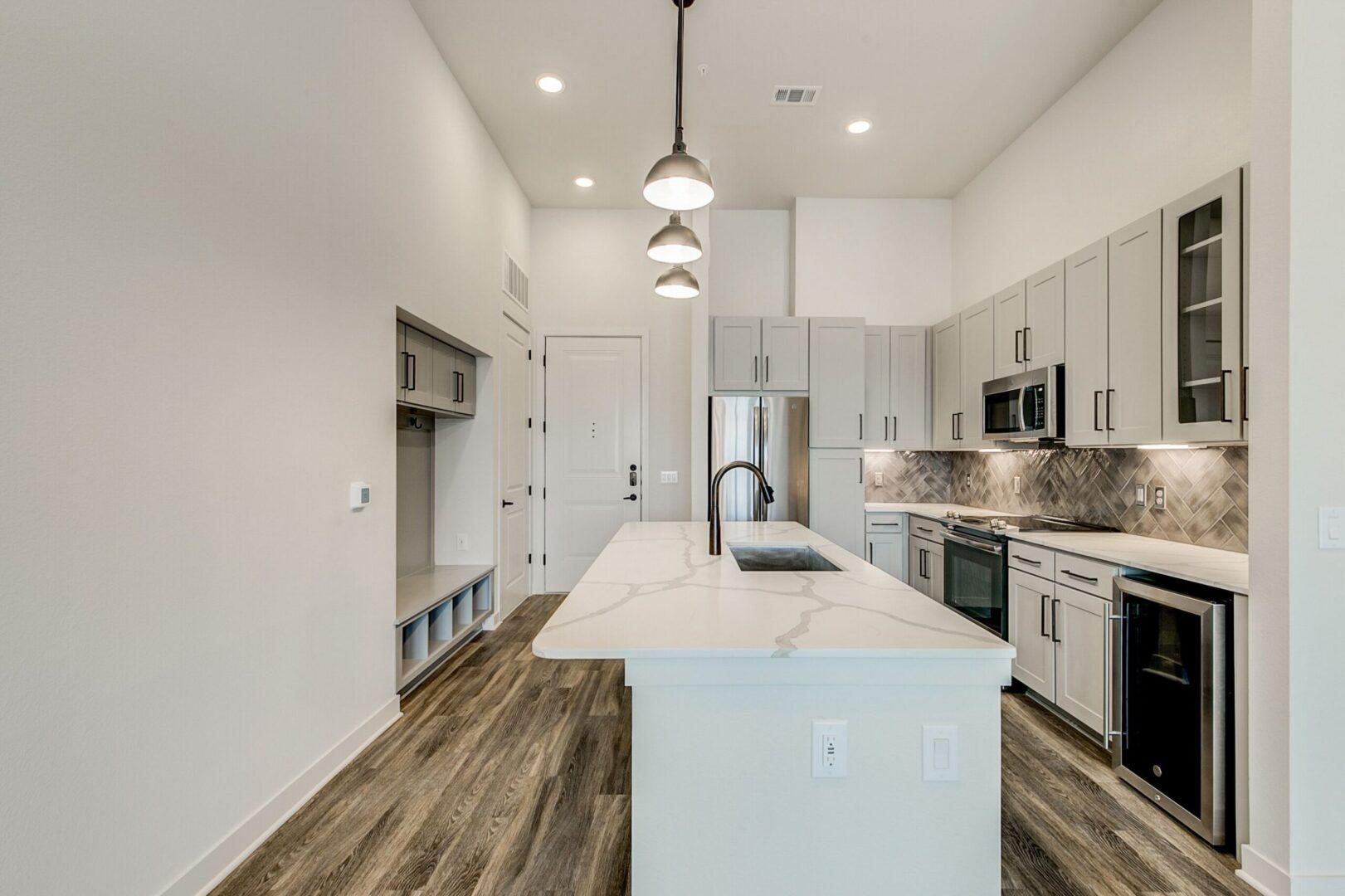 new luxury addison apartments