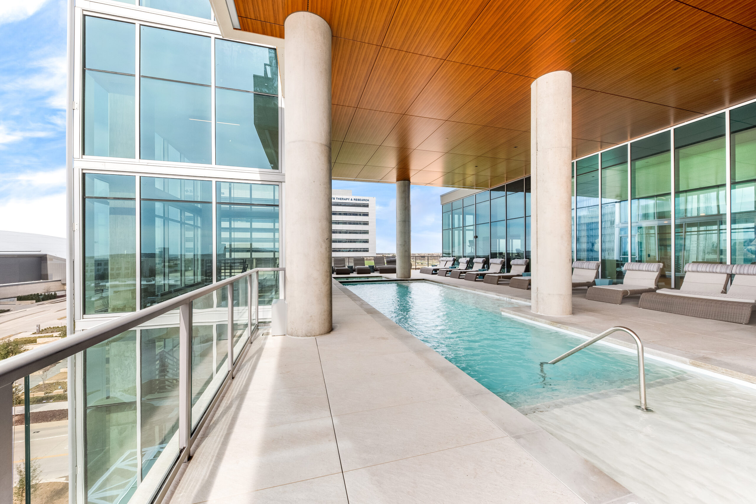 high rise apartments in frisco tx
