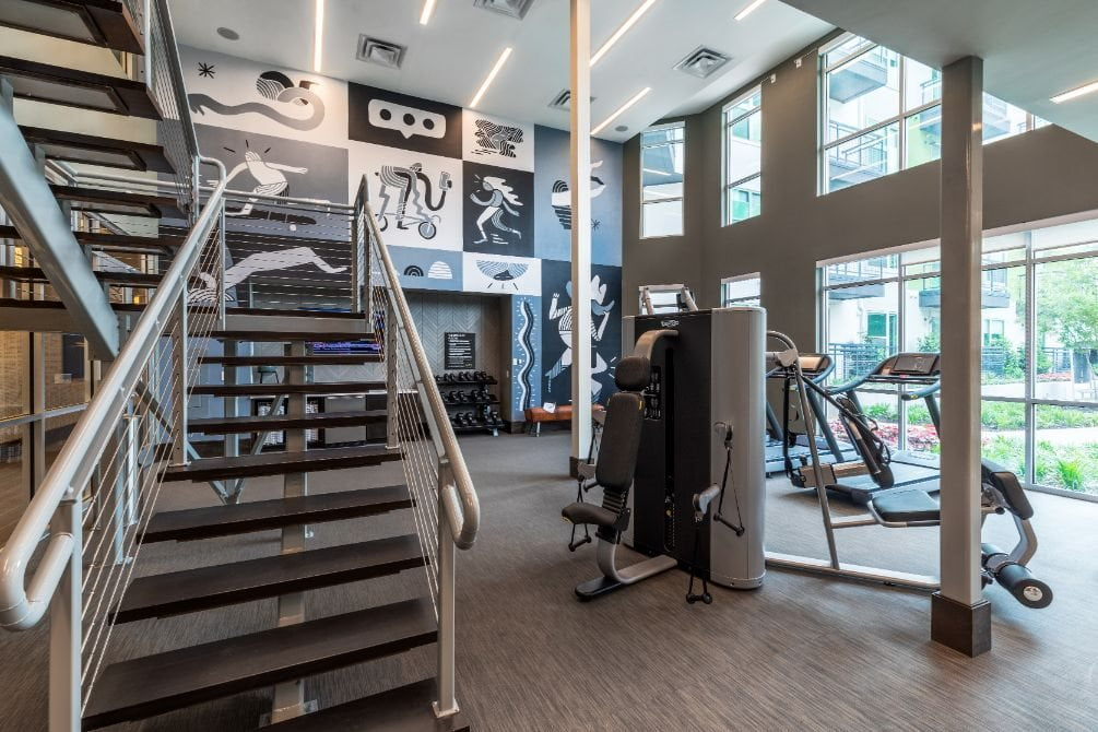 apartments in dallas with fitness center